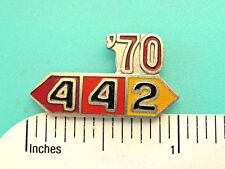tie tac , lapel pin , hatpin Gift Boxed 1964 - 1971 442 Oldsmobile - hat pin ,