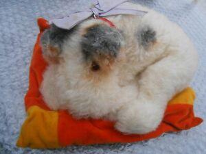 Very rare STEIFF FOX TERRIER lying original condition circa 1930s