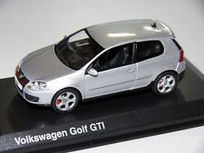 VW GOLF 5 ,Plata, 1:43 , NOREV