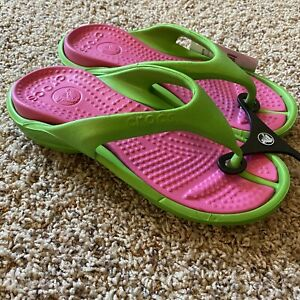 CROCS ATHENS LIME GREEN W/ PINK FLIP FLOP SANDALS WOMEN SZ 6 NEW W/ TAGS