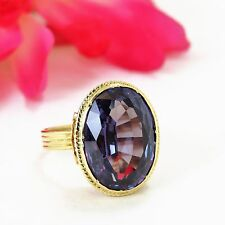Vintage 18 k Yellow Gold Oval Amethyst Ladies Ring Greek Key Design Size 8