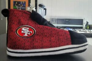 San Francisco 49ers-Woman's Slippers Size Small,NFL LICENSED By Forever, Awesome