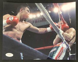 Julio Cesar Chavez Signed Photo 8x10 Boxing Kostya Tszyu Autograph FOY HOF JSA