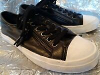 COACH WOMEN'S BLACK LEATHER SNEAKERS SIZE 5 B
