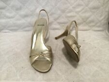 ST. JOHN GOLD SHOES HEELS MADE IN SPAIN US SIZE 8.5 SANDALS
