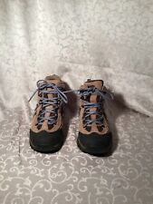 Cabela Hiking Boots Size 7.5
