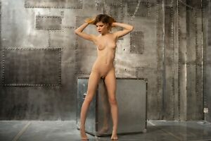 M017 Female Nude Fine Art Photo 20x30cm Signed Print, Direct from the Artist.