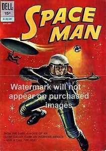 Wall art. Vintage magazine cover advertising poster Space Man Comic
