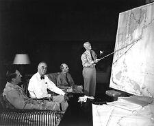 FRANKLIN D. ROOSEVELT w/ MACARTHUR, NIMITZ & LEAHY IN HAWAII 8X10 PHOTO (EP-762)