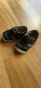 Old soles toddler sneaker shoes size 21