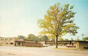 ROYAL OAK, Michigan MI    JONES MOTEL  Roadside OAKLAND COUNTY  Chrome Postcard