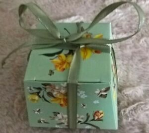 Floral Pyramid with Ribbon - Gift Boxes - 4 Colours Available - Uk Freepost