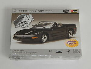 Testors Chevrolet Corvette Metal 1/43 Scale Sealed Model Kit R10176