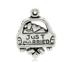 10 Just Married Car Wedding Antique Silver Charms Pendant 16mm x 20mm (808)