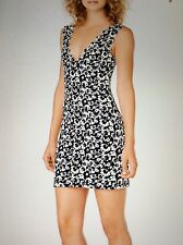 NWT. Marysia scalloped dress swim white black size M.