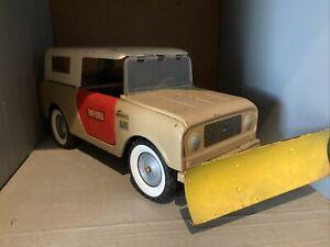 Vintage Tru Scale International Scout Truck, Pressed Steel Rare Blade Attachm