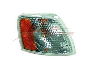 For Volkswagen Passat (White) Parking/Signal Light Right Hand 98 99 00 01
