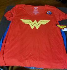 DC Comics Wonder Woman T-Shirt Size xsm with 2 interchangeable Capes Christmas