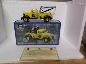 NAPA 75TH ANNIVERSARY 1937 CHEVROLET TOW TRUCK SECOND IN SERIES 1:24