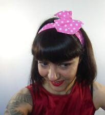 Bandeau foulard cheveux rigide cordon maléable tissu rose petit pois blancs rock