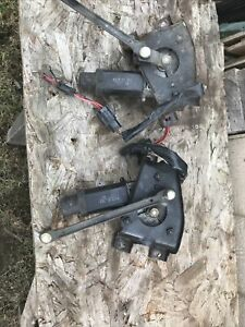 1993-1997 Ford Probe 2 L/R Headlight Motors With Brackets In Working Condition