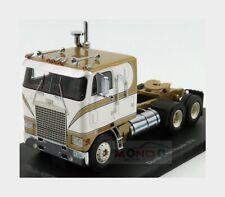 Diamond Co8864D Reo Royale Tractor Truck 3-Assi 1975 NEOSCALE 1:43 NEO44868 Mode