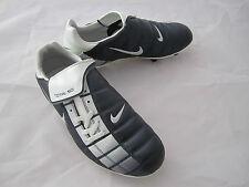 Nike Junior Total 90 II SG (GS) Football Boots. UK Size 5.5. EU Size 38.5.
