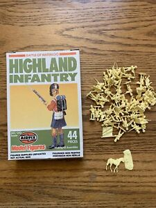 Airfix #901735 Highland Infantry Battle of Waterloo Model Figures HO/OO Scale