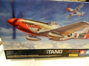 TAMIYA  1/32 scale plastic model kit -P-51D Mustang WITH EXTRAS