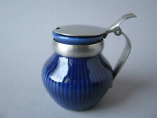 ROERSTRAND SWEDEN Design Senftopf blau Metalldeckel Porzellan Keramik Schweden