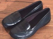 Clarks Comfort Standard Width (B) Flats for Women