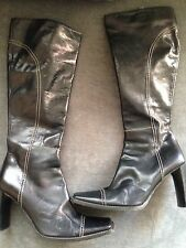 Stunning Karen MIllen Black Leather Knee High Boots Size 38 / 5. Leather Soles