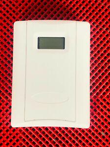 Veris HWL3XSTA Wall Mount Humidity Transmitter Temperature Sensor, White, LCD