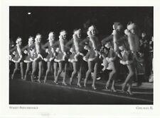 "*Postcard-""The 9 Santa-Girls Street Performance"" /*Magnificent Mile/ IL. (A67-2)"