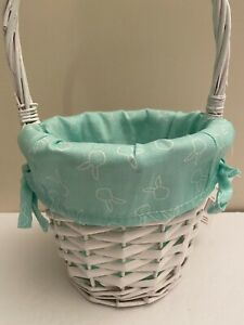 EASTER BASKET FABRIC LINER BLUE GREEN BUNNY WITH WHITE EASTER BUNNIES