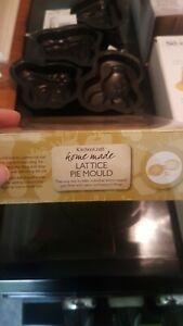 Lakeland Lattice Pie Mould