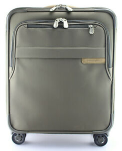 BRIGGS & RILEY 'Baseline' Olive Nylon Commuter Expandable Carry-On - U119CXSP-7