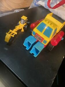 Vintage Playskool dump truck And Cat Claw Toys