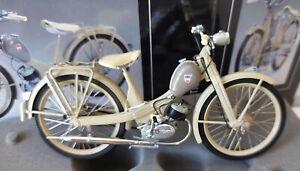 Schuco NSU Quickly N Baujahr 1955-1962 beige Metallmodell 1:10 450662700 06627