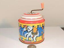 Tin Wind Up Music Box W. Germany by Lorenz Bolz Zirndorf (8577)