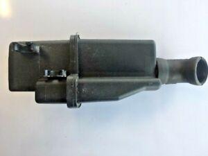 1998-2002 Mercedes E320 CLK320 Air Intake Cleaner Resonator Damper A1121400087