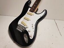 1987 SQUIER by FENDER STRATOCASTER - JAPAN