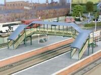 Ratio - 548 - OO Gauge Modular Covered Footbridge