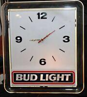 Bud Light Beer Sign Vintage Wall Clock And Bar Light Excellent Working Order