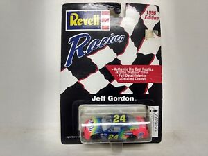 Revell Racing Jeff Gordon 24 Dupont Chevy Monte Carlo Car 164 Scale Diecast m197