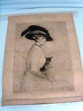 ÉLÉGANTE AU CHIHUAHUA -Ecole française début 20ème Art Déco  Eau forte en noir