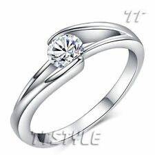 Cubic Zirconia Solitaire 18k Engagement Rings