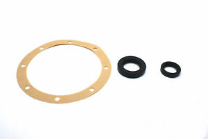 TRIUMPH SPITFIRE 1500 REAR AXLE OIL SEAL SET AND GASKET