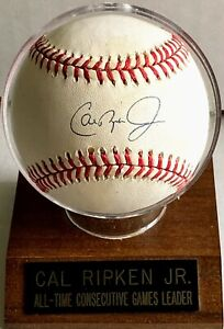 CAL RIPKEN Jr Baltimore Orioles Autographed Authenticated Official MLB Baseball
