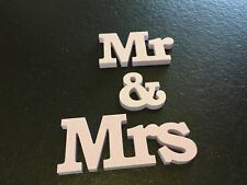 Mr & Mrs sign 3 1/4 inch tall